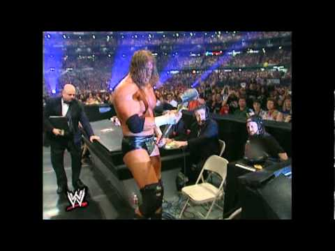 Undertaker Vs Triple H Wrestlemania 17 Part 1 - YouTube