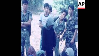 SYND 20 4 79 KHMER ROUGE TROOPS FLEE FROM CAMBODIA