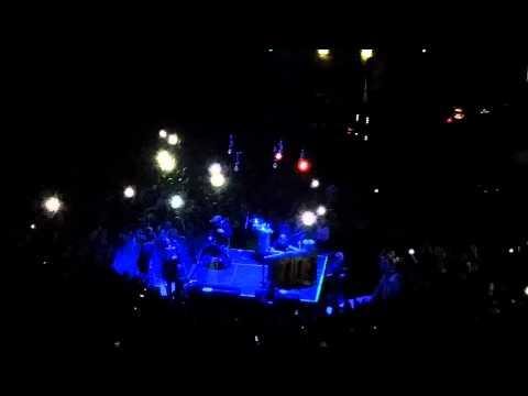 Baixar OneRepublic - Apologize (Live in Tallinn, Estonia, November 11, 2014)