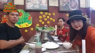 Nhìn 3 đứa trẻ ăn Tết nghèo mà thấy tội cho tụi nó quá   Lẩu Riêu Cua Nguyễn Tri Phương Q10