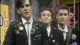 Doug Anthony Allstars - Heard it Through the Grapevine