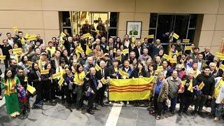 Phản ứng bất ngờ của Chính phủ Úc sau yêu cầu cấm treo Cờ Vàng của Nguyễn Xuân Phúc