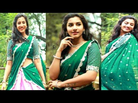 Anchor Vishnupriya throbs hearts with her traditional looks