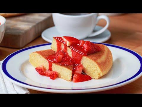 Strawberry Lemonade Skillet Pancake
