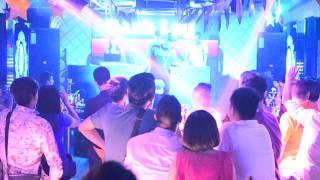 Liên Khúc Trung Thu Vanh Leg  ( Ibiza bar 141 Bà Triệu)