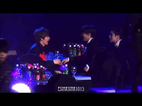 donghae tells eunhyuk to dance ㅋㅋㅋㅋㅋ