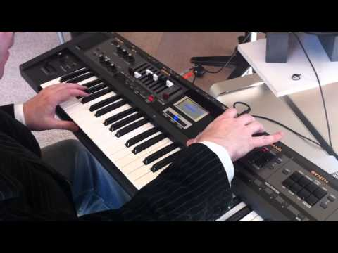 Roland VR-09 Combo Keyboard First Hands-On