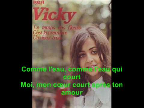 L'amour Est Bleu - Vicky Leandro lyrics