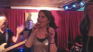 Sister Feelgood, New Orleans Jazz café