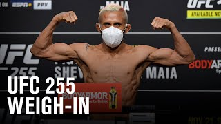 UFC 255: Weigh-in