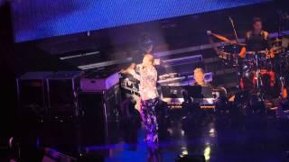 許志安演唱會2015 - 離家出走 (衛蘭) YouTube 影片
