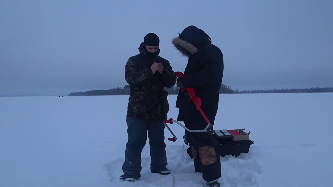 Зимняя рыбалка в отрадном
