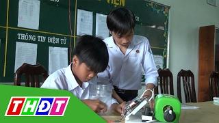 Học sinh sáng tạo máy bơm nước chống ngập tự động | THDT