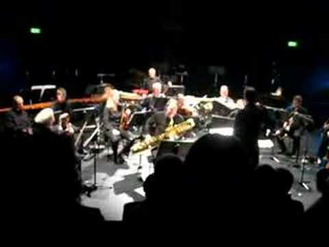Andreas van Zoelen plays Stefan Thomas Bass Sax Concerto