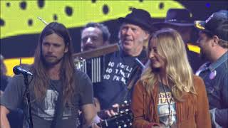 Willie Nelson & Family - Will the Circle Be Unbroken / I'll Fly Away (Live at Farm Aid 2018)