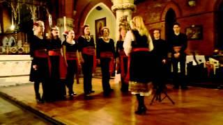 Veda Slovena Bulgarian Choir - Ozdolu idu shareni koltsa