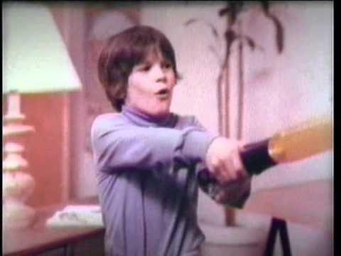 Star Wars Lightsaber Commercial (Kenner, 1978) - YouTube