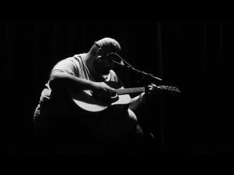 Half an hour of JOHN MORELAND live@Paradiso Amsterdam 2017