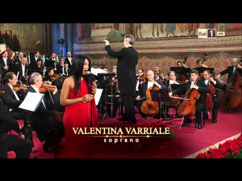 Anggun - Malam Kudus (Silent Night) at San Francesco Concerto di Natale ad Assisi