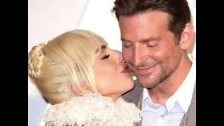 Las 'miradas' entre Bradley Cooper y Lady Gaga...