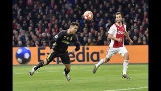 """Cận cảnh Ronaldo đánh đầu """"giống như một cú đánh golf hoàn hảo"""" trong trận hòa 1-1 với Ajax"""
