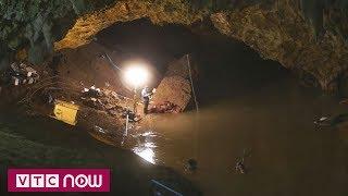 Thái Lan chặn suối trút nước vào hang Tham Luang | VTC9