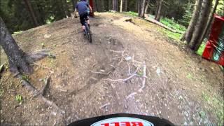 Bikers Rio Pardo | Vídeos | Uma descida pelo percurso complicado da última etapa da Copa do Mundo de Downhill 2014