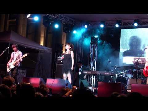 可以不可以 + 我跟丁噹說我愛她! - 丁噹 Della 成名在望演唱會 2011 @ Vancouver