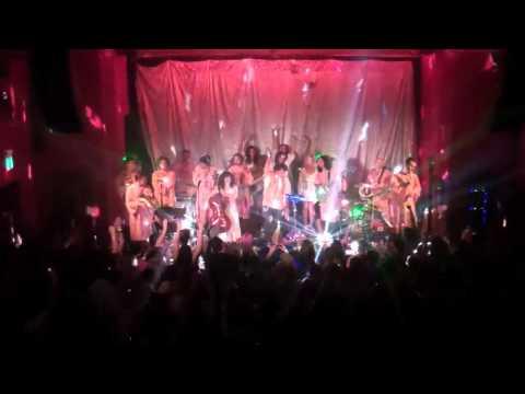 The Polyphonic Spree: Running Away - San Francisco, 8/19/13
