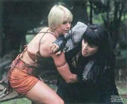 lucy lawless and renee oconnor relationship questions