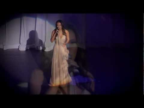 """Mina Chang sings Michael Jackson's """"Man In The Mirror"""" at CBS Televised 2012 Women That Soar Awards"""