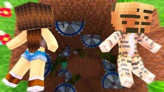 FALLING DOWN A GIANT HOLE !? - Minecraft Friends (Minecraft Roleplay)