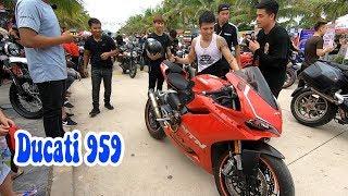 Lần đầu gặp Nguyễn Thành Nam    Ducati 959 đẹp quá