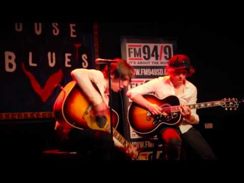FM 94/9 Loud@ Catfish and the Bottlemen: Business