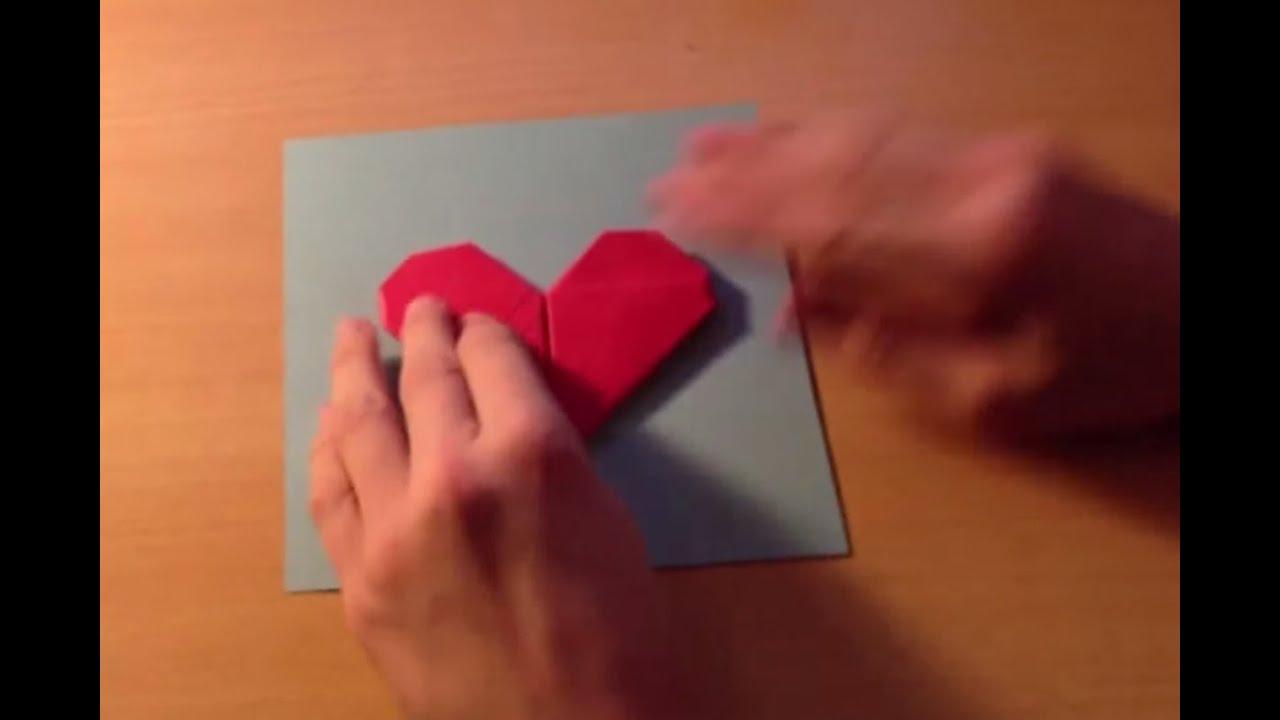 fabriquer une carte avec un coeur en origami astuce pliage papier youtube. Black Bedroom Furniture Sets. Home Design Ideas