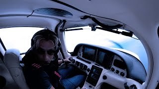 Cirrus SR22 - Real Emergency Over the Ocean Inside a TFR