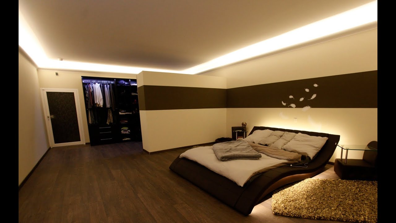 indirekte led beleuchtung mit stuckleisten lichtvouten. Black Bedroom Furniture Sets. Home Design Ideas