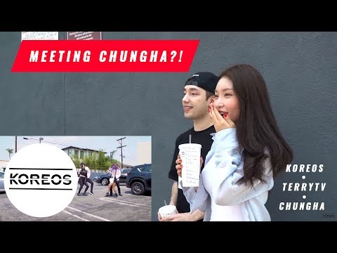 [Koreos] Surprising Chungha with a Flash Mob!