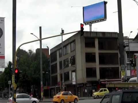 AGUA CRISTAL Pantalla LED calle 85 cra 15