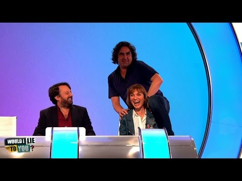 Micky Flanagan strips for the ladies - Would I Lie to You? [CC]
