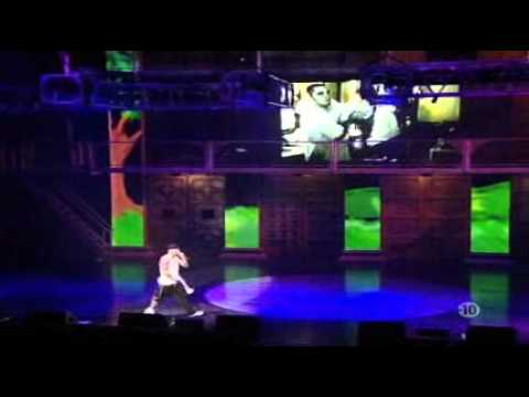 Baixar Eminem - Cleanin' Out My Closet & Mockingbird [Live NY]