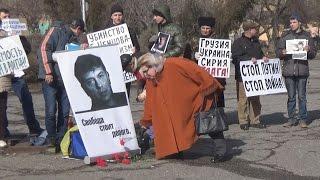 Жители Волгограда почтили память Бориса Немцова