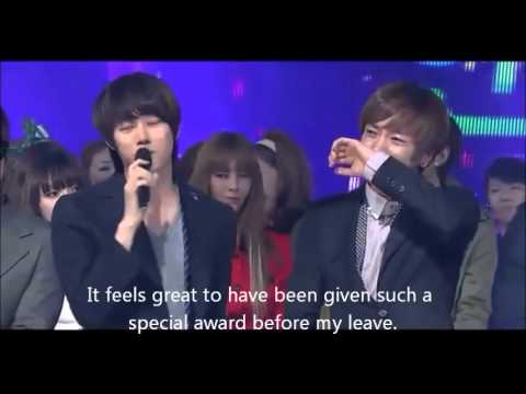 [You will really cry] Kyuhyun caught crying in Heechul's last stage