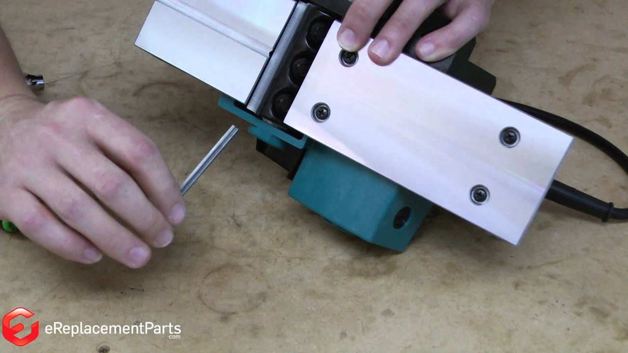 How To Change The Blades On A Hand Held Planer Youtube