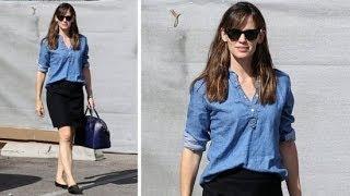 Copy Jennifer Garner's Easy Outfit For Work | Celeb Style