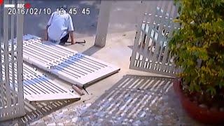 Tên trộm bị cánh cổng hàng rào đánh bại | Camera Cận Cảnh tập 128.