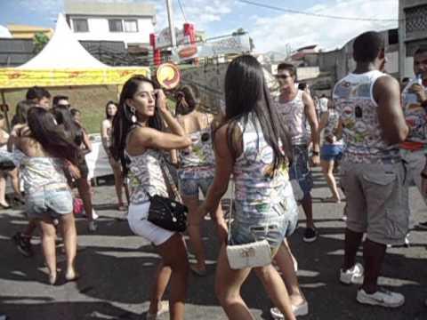 Baixar Bombar Folia São João Del Rei - 2013 Galera Dançando Funk