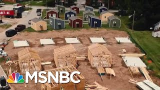 Group Turns To Tiny Houses To End Vet Homelessness | Velshi & Ruhle | MSNBC