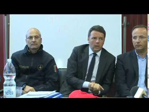 Terremoto, il punto stampa di Renzi con la Protezione Civile a Camerino