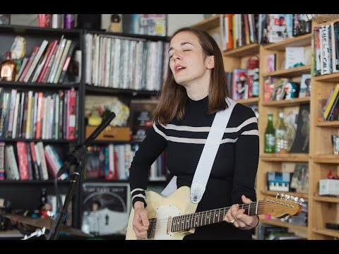 Margaret Glaspy: NPR Music Tiny Desk Concert